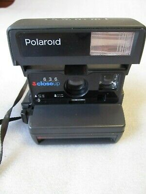 Vintage 1996 Instant film Polaroid, 636 Close up camera with Pop Up Flash