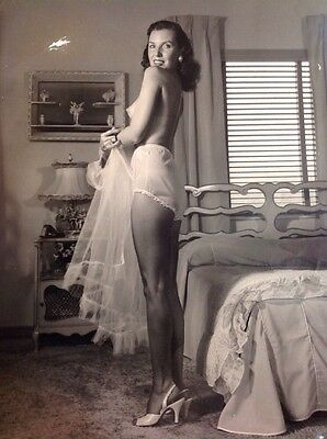 Bunny Yeager Bettie Page Photographer Pin Up Photo Signed Original
