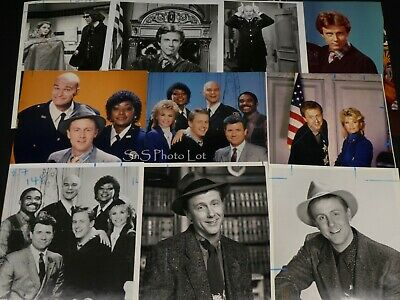 "10 x TV Press Kit Photos ~ 8x10 ""Night Court"" Harry Anderson Markie Post & More"