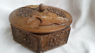 Vintage hexagonal wooden hand carved trinket jewellery box bowl with lid in vgc