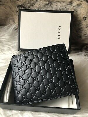 b19cd92b315446 NWT Authentic GUCCI Guccisimma GG BiFold Mens Wallet In Black Embossed  Leather