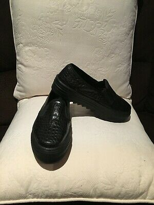 TOPSHOP Genuine Leather Ladies Loafers/Slip-On Shoes size 39 - Almost New