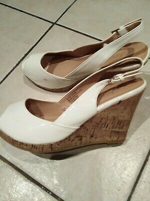 72a7f4861 Ladies Matalan White Wedge Sandals Size 7
