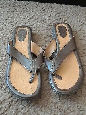 6b5916aec67 B.O.C. Born Concept Brown Leather Thong Sandals Flip Flops Women s Size 9