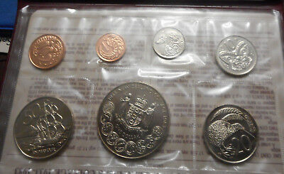 New Zealand 1983 Uncirculated Mint Coin Set to Decimal Anniversary $1 UNC