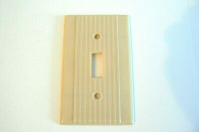 Leviton Single Toggle Switch Wall Plate Cover Ribbed Ivory Beige Bakelite.
