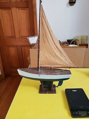 ANTIQUE VINTAGE TOY Model Wooden Pond Yacht Sail Boat