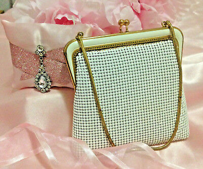 "Gorgeous ""Oroton"" Vintage Ladies Mesh Handbag in White! Don't miss out!"
