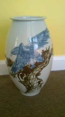 A Large Mid 20th Century Chinese Pottery Vase Hand Thrown & Hand Decorated