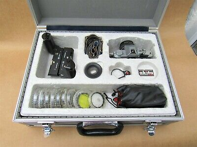 OLYMPUS KIT, OM30 CAMERA WITH OLYMPUS OM-SYSTEM F-ZUIKO AUTO-S 1:18 f=50mm LENS