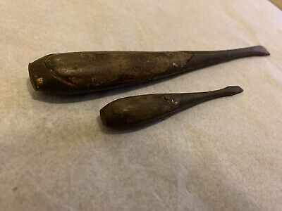 Pair Of Vintage Antique Wooden Handle Screw Drivers 19cm Lg And 10cm Lg