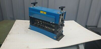 wire stripping machine.heavy duty . Professional machine.all size of cable