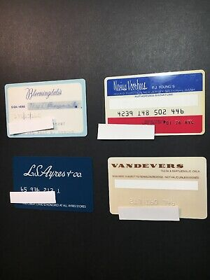 4 Expired Credit Cards For Collectors - Retail Store Lot 20 (3255)