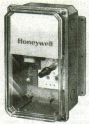 Honeywell T7075F1007 Two-Stage Remote Temperature Controller