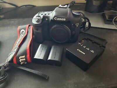 Canon EOS 7D 18.0MP Digital SLR Camera *FLASH DOESN'T WORK*
