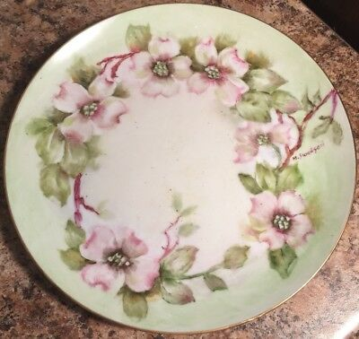 GORGEOUS HAND PAINTED ARTIST SIGNED DISH PLATE GREEN & Red White Flowers Ring