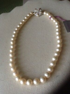 ba466e65cc8fb VINTAGE VENDOME GLASS Pearl Necklace, Individually Knotted ...