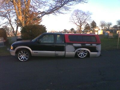 1995 Chevrolet S-10  chevrolet s10 1995 airbagged lowrider bagged
