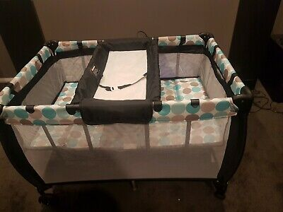 Near New Travel Portacot 3 in 1 (Portacot,  bassinet and change table)