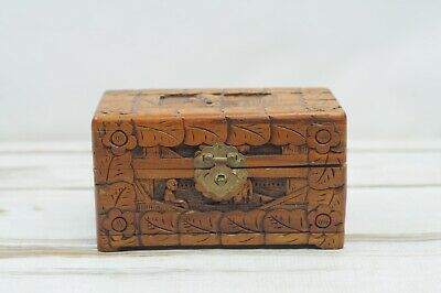 Vintage Carved Asian Oriental Camphor Wood Box Jewelry Trinket Keepsake Box