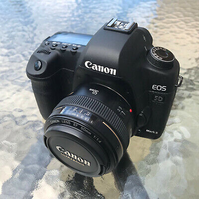 Canon EOS 5D Mark II 21.1MP DSLR Camera w/ Canon EF 50mm F/1.4 LOW SHUTTER COUNT