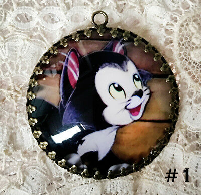 FIGARO ~ XL 35mm ROUND  PENDANT Filigree VINTAGE  CAT CHARACTER