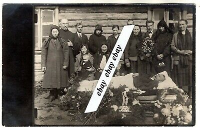 early 1900 MAN IN OPEN COFFIN POST MORTEM FLOWERS PEOPLE ANTIQUE ORIGINAL PHOTO