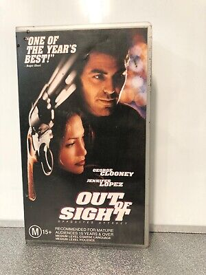 OUT OF SIGHT - VHS Tape in Good Condition - George Clooney and Jennifer Lopez