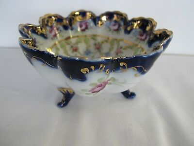 "Vintage 3 Footed Japanese Moriage 5½"" Hand Painted Porcelain Gold Trimmed Bowl"