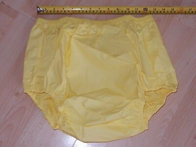 "Adult Baby Yellow Noisy Plastic Pants. Size L Large 28""-34"" Waist"