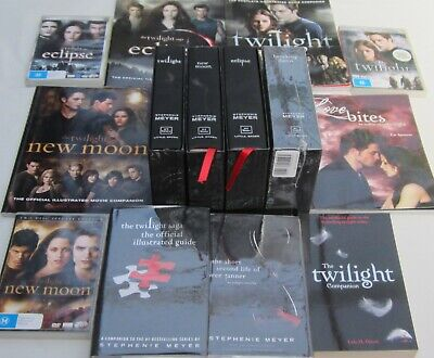 STEPHENIE MYER - THE TWILIGHT SAGA COLLECTOR COLLECTION -14 PARTS Incl.THE DVD,s