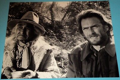 CLINT EASTWOOD / THE OUTLAW JOSEY WALES /  8 x 10  B&W  PHOTO