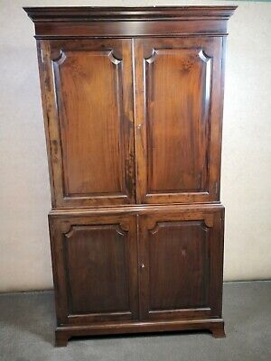 Reproduction Mahogany Linen Press / Wardrobe