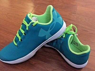 Nwt Girls Youth Under Armour Ua Ggs Street Precision Low Running Shoes Size 3.5