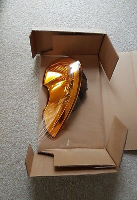 Genuine Renault Modus 04-07 Drivers side Front Indicator Lamp - 8200267914