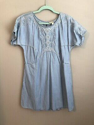 0db8ea869b8  148 ANTHROPOLOGIE DENIM Leaves Embroidered Shift Dress by HOLDING ...