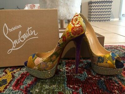 88520f75634 CHRISTIAN LOUBOUTIN 37 NEW in Box. Originally $975.00 - $350.00 ...