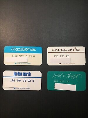 4 Expired Credit Cards For Collectors - Retail Store Lot 22 (3278)