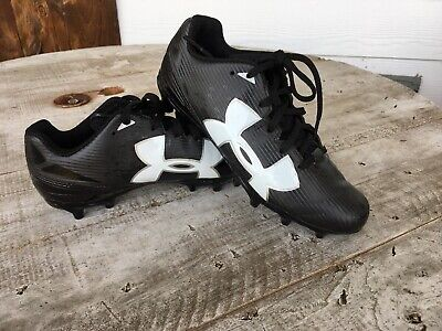 sale retailer e61b5 a111f Under Armour Baseball Cleats Youth Black White ( Size 4.5 ) Very Good  Condition