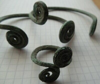 Ancient Greek spiral bronze set, 2 bracelets + ring, Bronze age VF +++