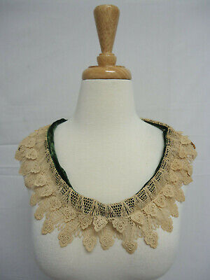 VINTAGE ANTIQUE LACE SET Cuffs Collar Scalloped Netted Tiered Needlepoint Lace