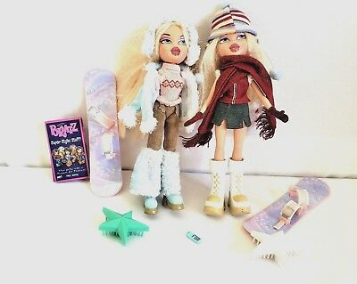BRATZ Doll CLOE Winter Wonderland Clothes Accessories Lot of 2 Both Outfits