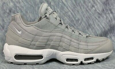 Nike Air Max 95 Essential Men's Athletic / Casual Shoes Size 9.5 10.5 749766-037