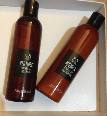 The Body Shop Red Musk Shower Gel And Body Lotion Set 250 ml❤️