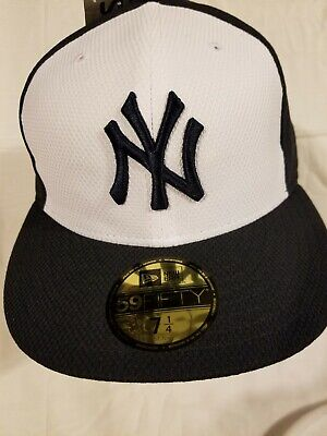 outlet store 70231 ad345 New Era New York Yankees Authentic Collection Hat Cap MLB NYY Diamond 7 1 4