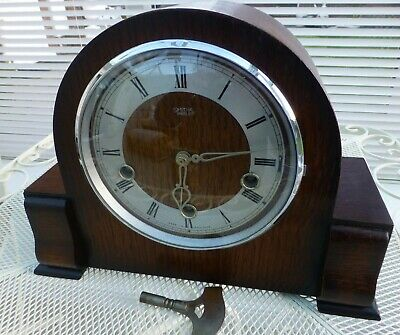 Smith's Enfield,Westminster Chime Mantel Clock Chiming each quarter strikes hour
