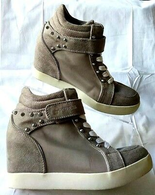Details about G by Guess Women's Pop star Wedge Sneaker Taupe Tan Macy's Silver Studs Size 8