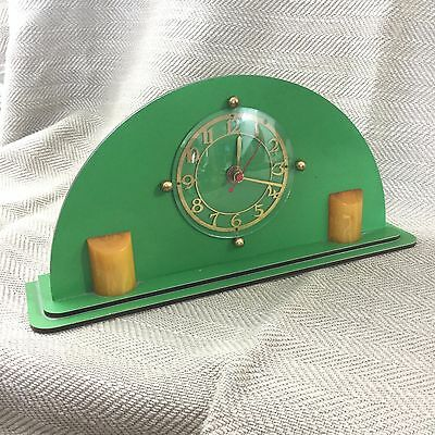 Art Deco Bakelite Mantle Clock Electric Goblin Amber Green RARE