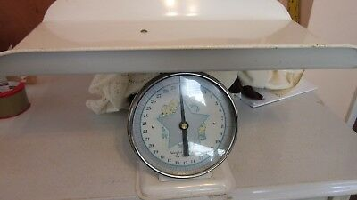 Vintage White Columbia Baby Scale 30 Pounds by Ounces