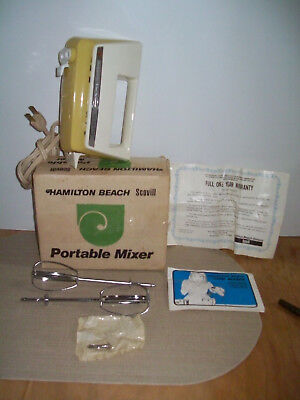 Vintage 1970's HAMILTON BEACH Scovill Portable Electric 3-Speed Mixer VGUC